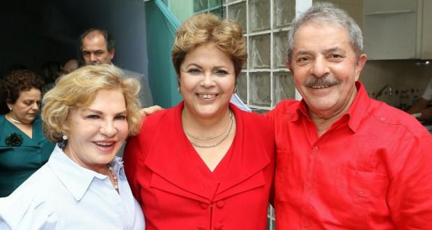 ルーラ氏夫人のマリーザ氏(左)(Ricardo Stuckert/Instituto Lula)