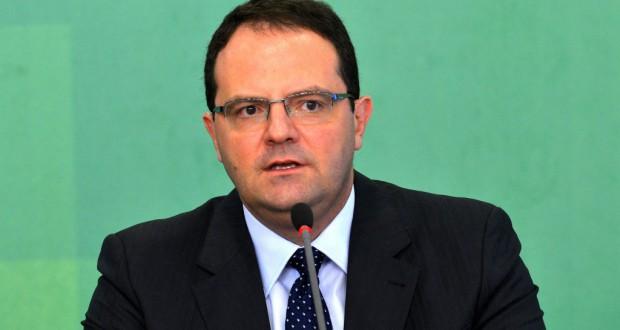 国内外で調整力が試されるバルボーザ財相(財相就任時、Wilson Dias/Agência Brasil)