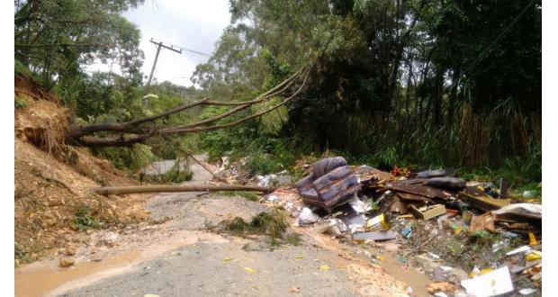 聖市の北フランコ・ダ・ローシャ、フランシスコ・モラート市では大きな被害が出た(Prefeitura de Francisco Morato)