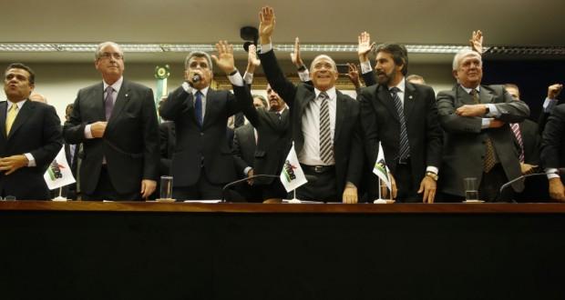連立離脱を宣告した29日のPMDB党大会より(Igo Estrela/PMDB Nacional)