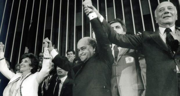 1985年、PMDBのタンクレード・ネーヴェス氏が大統領選に勝利した瞬間(Célio Azevedo)