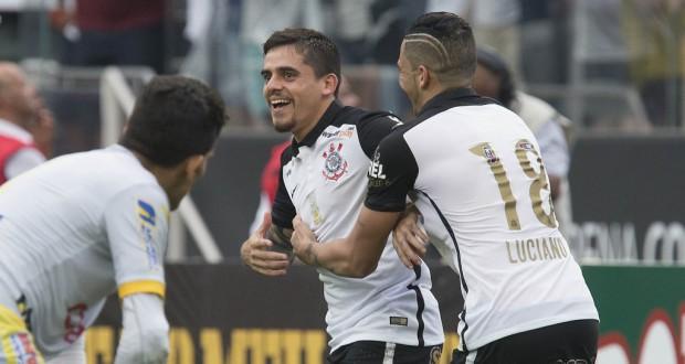 最終戦でDFながら2得点の活躍、コリンチャンスのファギネル(Daniel Augusto Jr./Ag. Corinthians)