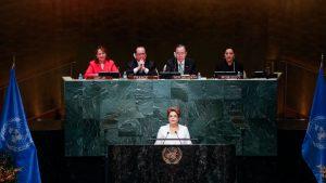 あわや国連で「私はゴウペ(クーデター)の被害者」と告発するかと思われたジウマ大統領の演説。実際は穏やかな表現に(Foto: Roberto Stuckert Filho/PR)