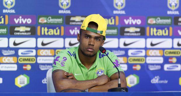 欧州での過酷なシーズンが災いしたか、内転筋痛で離脱のダグラス・コスタ(Rafael Ribeiro/CBF)