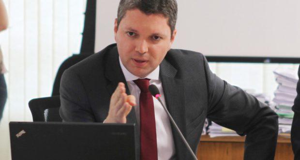 辞任を表明したシウヴェイラ汚職対策相(CNMP)
