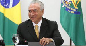 国民の半数に存続を支持されたテメル大統領代行(Valter Campanato/Agência Brasil)