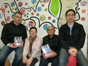 (左から)マックスさん、中田さん、馬欠場さん、宮川さん