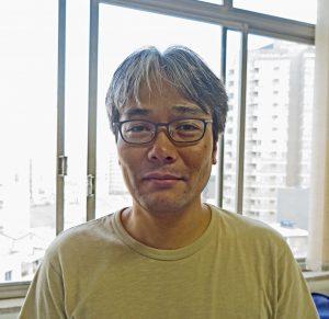 駐在員歌人、堀合昇平さん