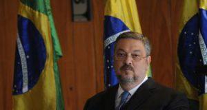 官房長官時代のパロッシ容疑者(Agencia Brasil)
