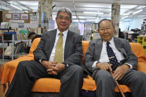 鈴木副理事長(左)と近沢理事長
