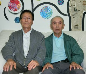 (左から)広瀬副会長、新留相談役