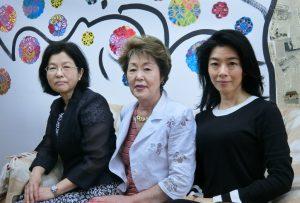 (左から)長谷川さん、松原さん、金子さん