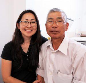 須賀博義さんと娘