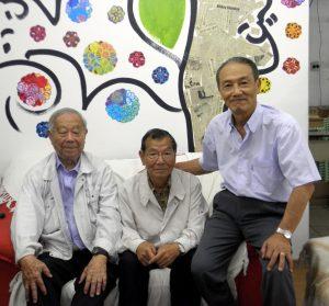 (左から)橋浦さん、石塚さん、徳力さん