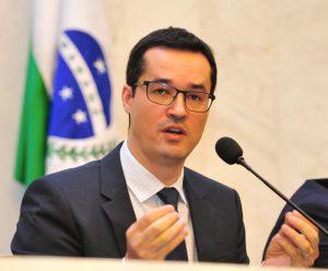 LJ作戦のデルタン検察官(Foto: Pedro de Oliveira/ALEP)