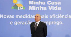 ミーニャ・カーザ・ミーニャ・ヴィーダ申し込み者の所得上限の拡大を発表したテメル大統領(Beto Barata/PR)