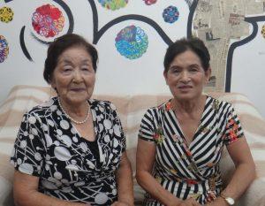 (右から)婦人部の角南美佐子さん、松酒紀美子さん