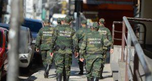 少しずつ現場に戻り始めたエスピリトサント州軍警(Tânia Rêgo/Agência Brasil)