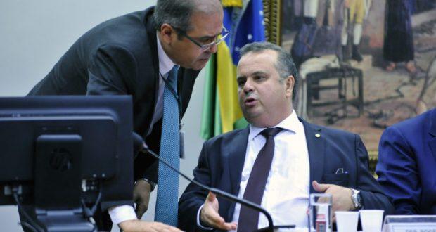 ロジェリロ・マリーニョ報告官(Alex Ferreia / Câmara dos Deputados)