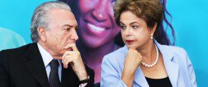 2015年8月当時のジウマ氏(右)とテメル氏(Lula Marques/AGPT)