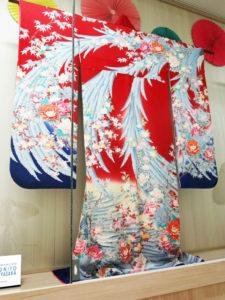 めでたい結婚式の着物