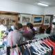 憩の園=古本や衣類、絵画を販売=サンパウロ市事務所に文化スペース