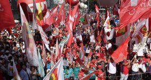 5月1日、労働者の日のパウリスタ大通りデモの様子(Foto: Paulo Pinto / AGPT)