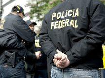 捜査に当たった連警の職員たち(Marcelo Camargo/Agencia Brasil)