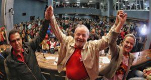 国民から依然強い支持を受けるルーラ氏(Filipe Araújo)