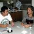 経験を話す中村さんと島袋社長
