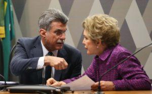 6月末の上院憲政委員会の様子、ロメロ・ジュカ上議(左)と、マルタ・スプリシー上議(右)(Antonio Cruz/EBC/FotosPúblicas)