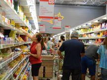 基本生活物資の値段は下降傾向にある(参考画像 Agencia Brasil)