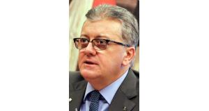 逮捕されたベンジーネ氏(Lula Marques AGPT)