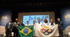 数学五輪に参加した伯国チーム(Tânia Rêgo/Ag. Brasil/Arquivo)