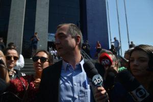 9日にサンパウロ州連警に出頭した際のジョエズレイ・バチスタ氏(Rovena Rosa/Agência Brasil)