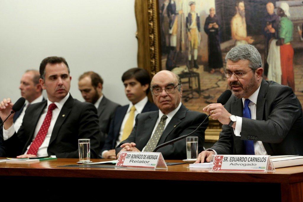 10日のCCJでのボニファシオ報告官(Antonio Cruz/Agência Brasil)