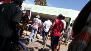 負傷者達が最初に運び込まれた地元の病院、人口7万余りの町が慌しい動きに包まれた(Policia Militar)