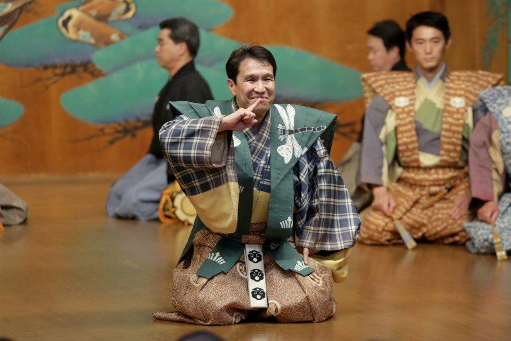 袴狂言「盆山」の一幕(写真:工房円)