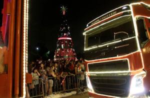 サンパウロ市内を走るクリスマスの電飾バス(Heloisa Ballarini/Secom PMSP)