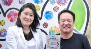(左から)内村さんと小林さん