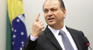 リカルド・バロス保健相(Marcelo Camargo/Agência Brasil)