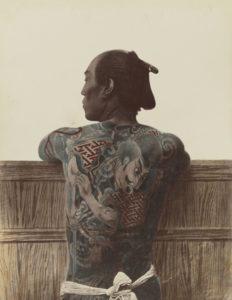 日本では見るのも嫌がられることが多い刺青(出典:Wikimedia Commons)