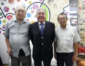参加を呼びかける毛利顧問、平崎会長、日野事務長