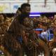 政治批判を受け止めたリオのカーニバル