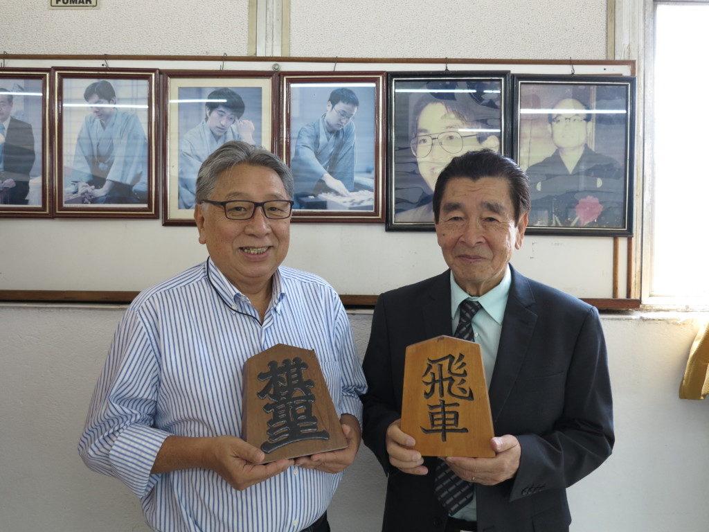 高木社長と吉田会長(左から)
