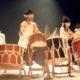 《ブラジル》和太鼓ショーに演劇的演出=和段『神々の響き』公演=観客総立ちで大歓声贈る