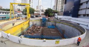 建設中の5号線のシャカラ・クラビン駅(Eduardo Saraiva/A2IMG)