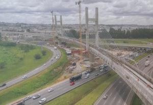 上空から撮影したCPTM13号線(Governo do Estado de São Paulo)