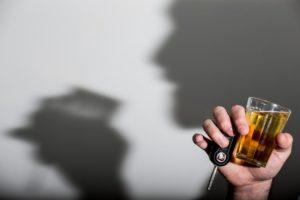 未成年者への酒の販売を禁ずる法律も効果を発揮していない(参考画像・Rafael Neddermeyer/Fotos Públicas)