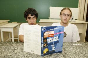 ブラジルでも、傷つき易い十代の子供の自殺が増えている(参考画像・Hedeson Alves/GEPR)